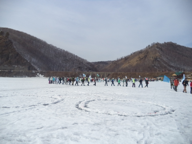 ледовый переход по Байкалу