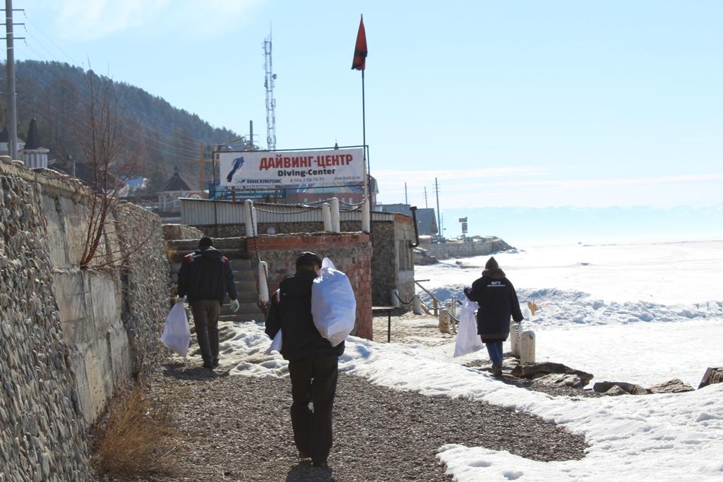 очистка береговой полосы п.Листвянка
